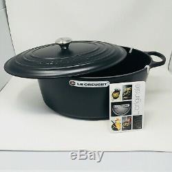 Le Creuset Signature Cast Iron 15 1/2-qt Oval Dutch Oven, Matte Black